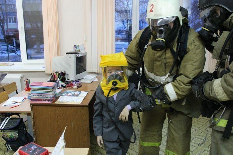 Эвакуация в Школе в ВИДЕО-ФОРМАТЕ! Правила Поведения при Пожаре!